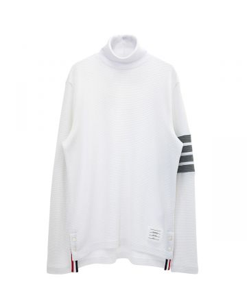 THOM BROWNE. TURTLENECK IN COMPACT WAFFLE W/ 4 BAR / 100 : WHITE