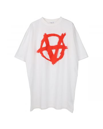 VETEMENTS ANARCHY GOTHIC LOGO T-SHIRT / WHITE-RED
