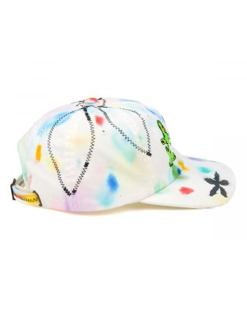 CLAIRE BARROW PEACE CAP / WHITE-MULTI