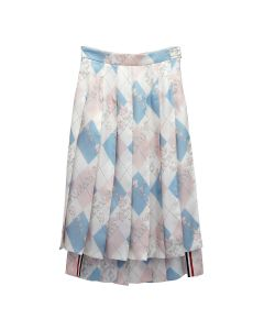 [お問い合わせ商品] THOM BROWNE. DROPPED BACK PLEATED SKIRT IN CLASSIC ARGYLE FUN MIX ANIMAL ICON PRINTED SILK TWILL / 480 : LIGHT BLUE